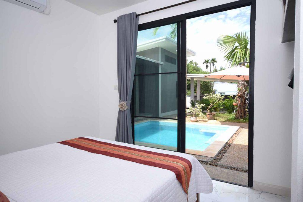 Three bedroom Krabi villa close to beach
