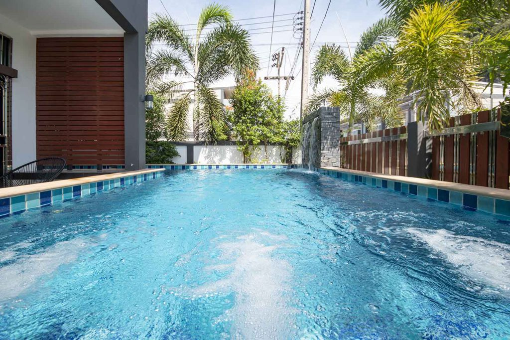 Krabi town villa for sale with pool